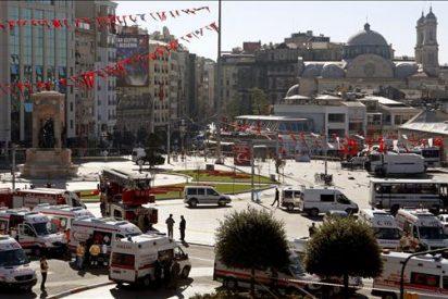 Aumentan a 22 los heridos en la explosión en la plaza de Taksim de Estambul