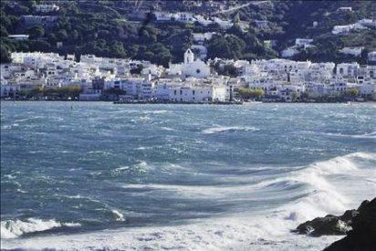 Seis provincias están en alerta por riesgo de fenómenos costeros adversos