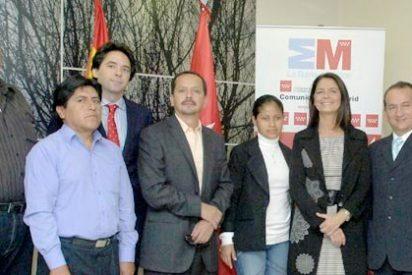 Paloma Adrados se reunió hoy con 15 alcaldes y representantes de municipios de Ecuador