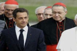 """""""Carla Bruni-Sarkozy no es bienvenida en El Vaticano"""""""