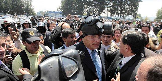 """""""El intento de golpe de Estado en Ecuador sólo existe en la imaginación de Correa"""""""