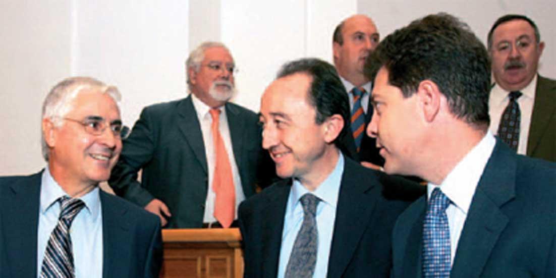El PSOE hace patrono de CCM al peluquero del alcalde de Toledo