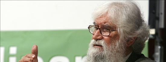 """Boff y fray Betto critican la """"intromisión"""" del Papa en las presidenciales braileñas"""