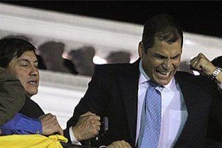 Militares liberan al presidente Correa en medio de enfrentamiento con captores