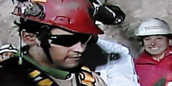 Florencio Ávalos Silva, es el primer minero rescatado con éxito