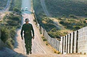 "Estados Unidos ""blinda"" su frontera con México"
