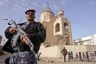 Insurgentes retienen a dos curas y a varios fieles en una iglesia de Bagdad