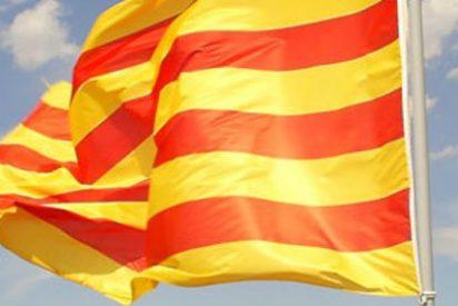 El Gobierno incumple desde hace tres años la ley de banderas en Cataluña
