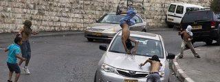 Un judío de ultraderecha atropella a niños palestinos que le tiraban piedras