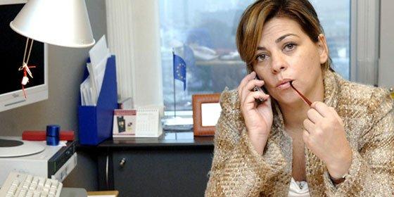 La comisaria socialista Elena Valenciano alerta contra las 'terminales mediáticas de la derecha'