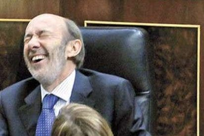 Rubalcaba se hace con todo el control de La Moncloa y emerge como sucesor