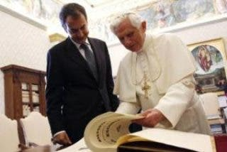 El PP reprocha a Zapatero su ausencia en la misa del Papa en la Sagrada Família