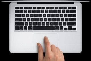 ¿Sabías que las autoridades aéreas de EE.UU. prohíben llevar algunos portátiles MacBook Pro dentro de los aviones?