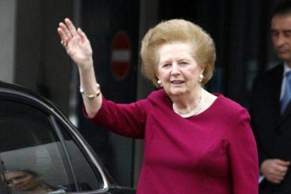 Margaret Thatcher abandona el hospital dos semanas después