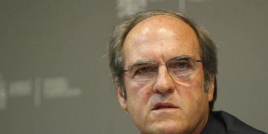 Gabilondo lamenta que Madrid y Valencia no impulsen la Escuela 2.0 y tiende la mano para su implantación