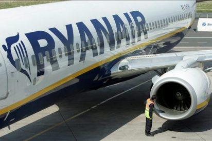 Ryanair logra beneficios de 452 millones de euros entre abril y septiembre