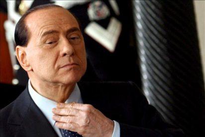 Otra prostituta dice que Berlusconi le pagó 10.000 euros a cambio de sexo