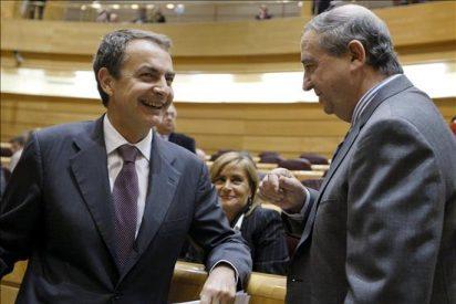 """Zapatero asegura que el Gobierno """"no tiene prisa"""" por legalizar Batasuna"""
