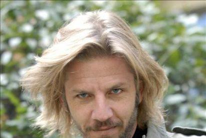 El actor argentino Facundo Arana hace cumbre en el pico más alto de América