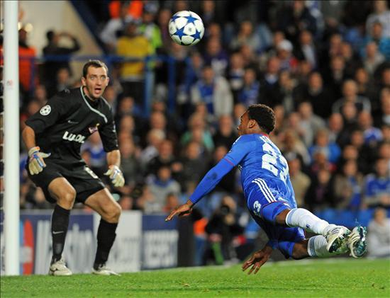 4-1. El Chelsea gana con contundencia al Spartak y aumenta su ventaja de líder