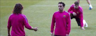 Xavi, Piqué y Messi se quedan en el gimnasio durante el entrenamiento