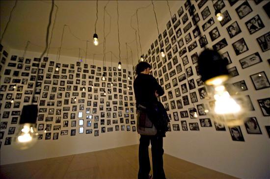 El Guggenheim muestra la incorporación de la fotografía al arte con 100 obras