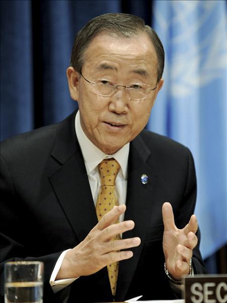 """Ban Ki Moon considera """"realista"""" el cambio de actitud del Papa sobre el uso de preservativos"""