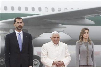 El Príncipe destaca el compromiso del Papa con la paz y la libertad al recibir al pontífice en Santiago