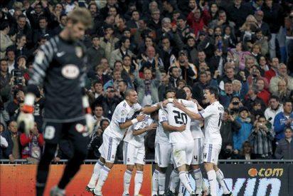 2-0. El Real Madrid impone su fuerza en un derbi que pierde sabor