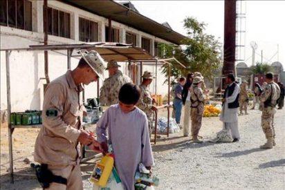 Canadá se plantea mantener en Afganistán 1.000 soldados más allá de 2011