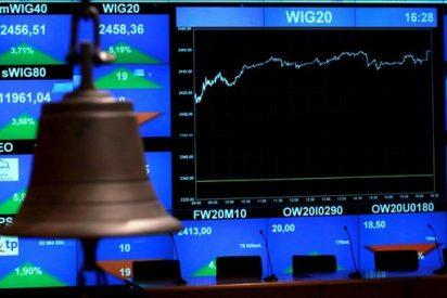 El euro baja en la apertura hasta los 1,3868 dólares en Fráncfort