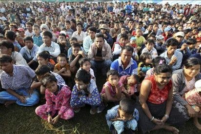 Tailandia comienza a devolver a su país a los 20.000 refugiados birmanos