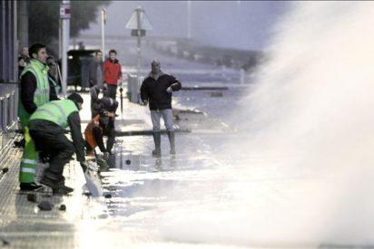 Sin incidentes en el País Vasco, aunque se mantiene la alerta roja por oleaje