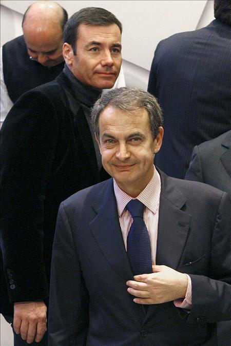 Zapatero pone el acento en que Marruecos y el Frente Polisario siguen negociando