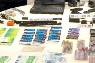 Cae una banda especializada en falsificación y estafa con 17 detenidos