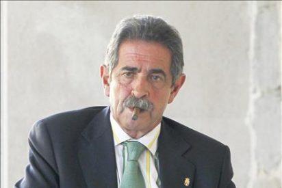 Revilla afirma que nadie se quiere cargar Altamira sino reabrirla con cautela