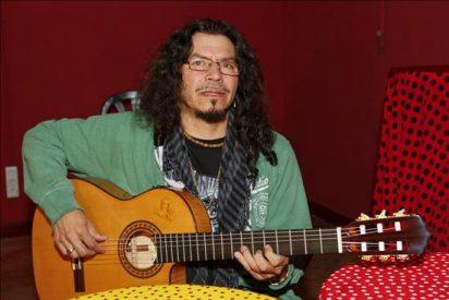 """""""Medio hombre, medio guitarra"""", Raimundo Amador pone fin a 5 años de silencio"""