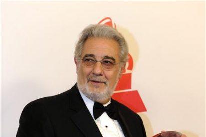 Plácido Domingo recibe el premio Personalidad del Año