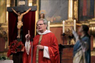El Obispado suspende de funciones al párroco de Vilafamés, acusado de pornografía