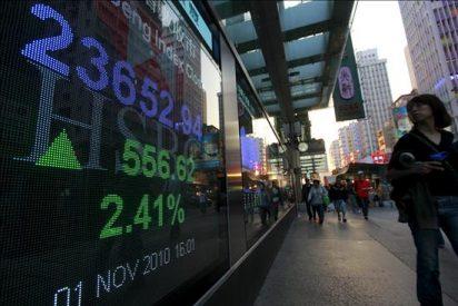 El Hang Seng baja un 0,67% a media sesión, hasta los 24.059,66 puntos