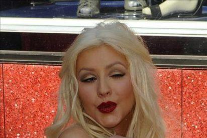 Christina Aguilera recibe su estrella en el Paseo de la Fama de Hollywood