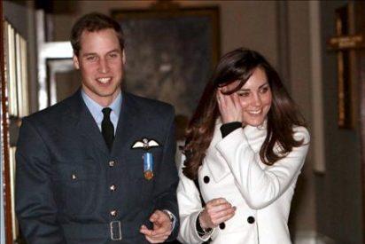 El príncipe Guillermo de Inglaterra se casará con su novia Kate Middleton