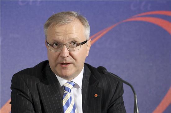 La CE admite conversaciones con el BCE y el FMI sobre la banca irlandesa