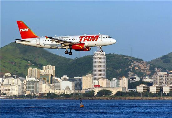 La aerolínea brasileña TAM gana 310 millones de dólares de enero a septiembre