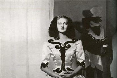Espectaculares diseños de Balenciaga se exponen en el Reina Sofía de Nueva York