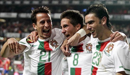 4-0. Portugal se toma revancha y España cierra 2010 con otra dolorosa derrota