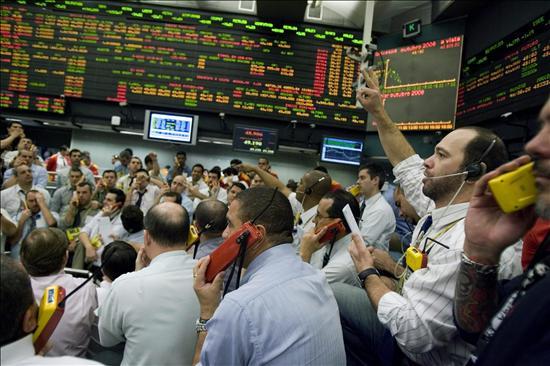 Las bolsas latinoamericanas avanzan en una jornada sin rumbo en Wall Street