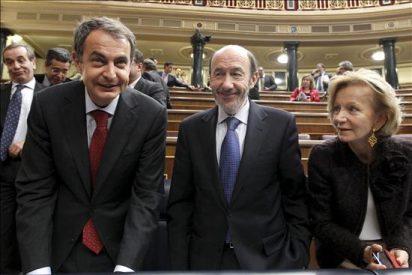 Zapatero dice que la mejoría del paro es tan débil que no es irreversible