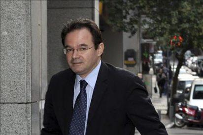 La UE y el FMI aprueban el tercer plazo de ayuda a Grecia y exigen más ahorro