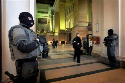 Detienen a diez personas acusados de preparar un atentado en Bélgica